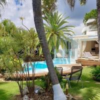 Villa Piscine et Iguanes en bord de mer proche plages marina et golf