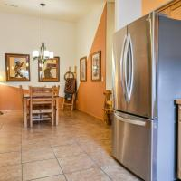 CW415 - Great downtown location with a private hot tub and shared indoor pool