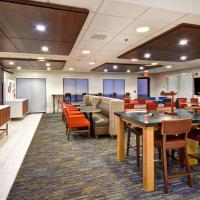 Holiday Inn Express Newport North - Middletown, an IHG Hotel