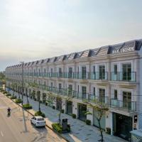 Regal Lakeside Private Villa, hotel in Da Nang