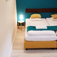 Hello Hostel & Apartments