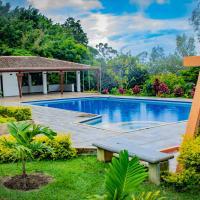 Finca de lujo en Amaime Valle del Cauca, hotel in Brisuela