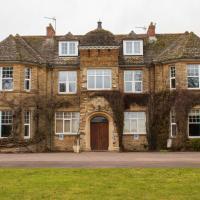 Middle Aston House