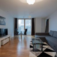 Fabulous Flat 7-mins to Town Centre