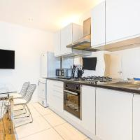 New Spacious 3 Bedroom Apartment