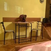 Room Tjaša, hotel v mestu Celje