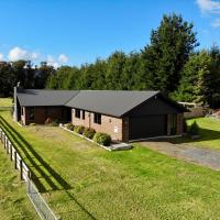 Pinetree Lodge - Ohakune Holiday Home