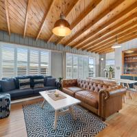 The Walnut Tree House - Martinborough Holiday Home