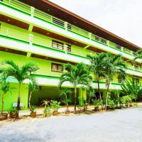 OYO 639 Rak Samui Residence, hotel in Bophut