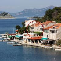 Rooms by the sea Pomena, Mljet - 4929, hotel in Pomena