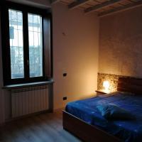 Appartamento in storica Cascina Lombarda Cusago, hotell i Cusago