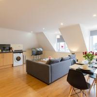 2 Bedroom Penthouse, Clockhouse, Hoddessdon