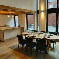 16 bed luxury loft by river, marina and MAS museum