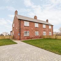 1 North Cottage