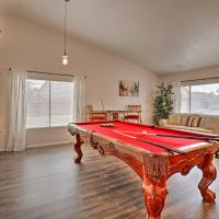 Large House with Hot Tub Less Than 5 Miles to UOPX Stadium!, hotel in Peoria