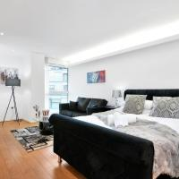 Xclusive Living Stay in City Centre, The Cube