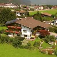 Gästehaus Wildauer, hotel in Schlitters