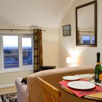 Valley View Apartment - UK30053