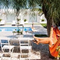 Finca Pura, Clothing Optional Guestrooms, hotel em Elche