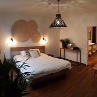 Anthos B&B, hotel in Maaseik