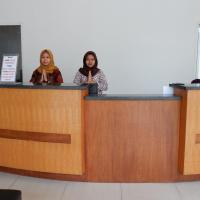 Hotel Tiara Syariah, hotel in Alastuwo