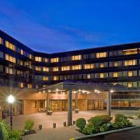 Crowne Plaza Edison, an IHG hotel
