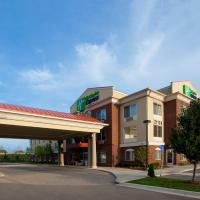 Holiday Inn Express Hotel & Suites Detroit - Farmington Hills, an IHG Hotel