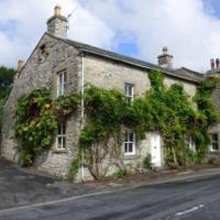 **New for 2020** Recently Renovated Stunning Cottage with Log Burner