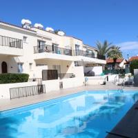 Cyking 2 bed Apartment with pool & 10 min to beach