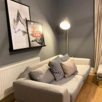 Alpheus Living: Newsham Apartment