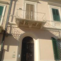 Silvia's house, hotell i Marina di Pisa