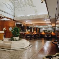 Balmoral Plaza Hotel