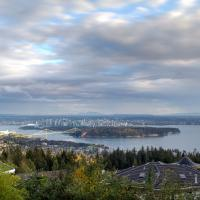 Spectacular, Water View Villa!, hotel in West Vancouver