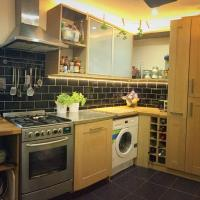 MODERN ONE BED FLAT CLOSE TO CARDIFF UNI & CENTRE