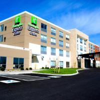 Holiday Inn Express & Suites Oswego