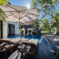 EMBLEMSEA Furama DA NANG Beach Villa