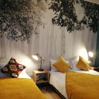 Hotel Du Cygne Tours, hotel in Tours