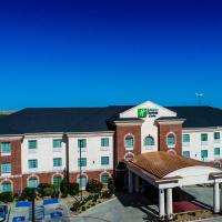 Holiday Inn Express Hotel & Suites Pampa, hotel in Pampa