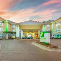Holiday Inn Hotel and Suites Peachtree City