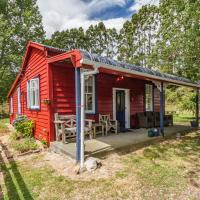 The Red Rooster Cottage - Raurimu Holiday Home