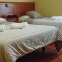 Hostal Restaurante Iruñako by Bossh Hotels, hotel cerca de Aeropuerto de Burgos - RGS, Burgos