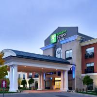 Holiday Inn Express Hotel & Suites Dieppe Airport, hotel em Moncton