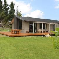 Waiora Lodge - Pokaka Holiday Home