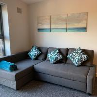 Kelham Island, Sleeps 4, single beds available, secure parking! Perfect for city centre working or leisure!