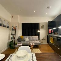 Modern Warehouse Apt in the Heart of Cardiff Bay