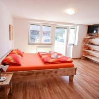 Apartmaji Pri Kozmavo - Little House
