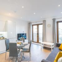 St Albans City 2 Bed Luxury City Apartment, 5 mins walk to Train & Allocated Parking