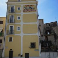 Hotel Sant'Agostino, hotel in Paola