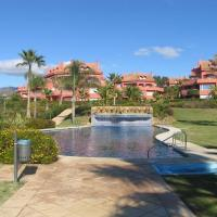 Marbella beachside apartment in 5 star gated