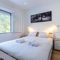 EMBAJADORES DELUXE -spacious and bright